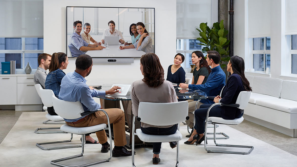 Read more about the article Webex Room Kit against Webex Room Kit Plus